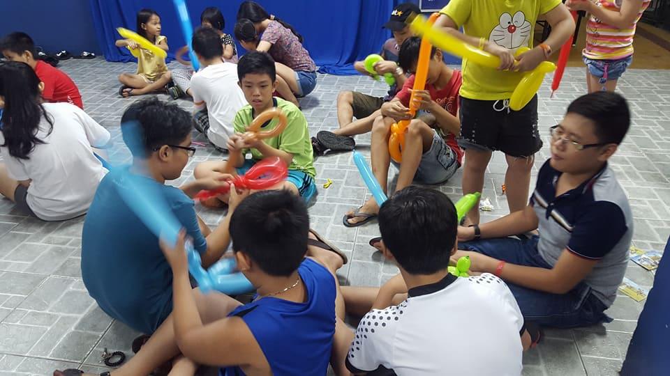 Phường 9: Tổ chức lớp Hướng dẫn làm bong bóng nghệ thuật
