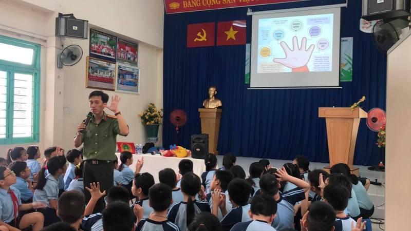 Tập huấn kỹ năng tự vệ, Phòng, chống xâm hại, bạo lực học đường