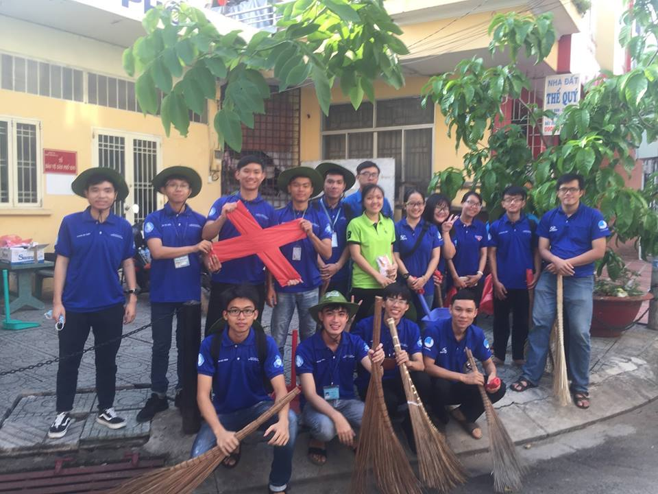 Phường 14: Hưởng ứng lễ ra quân chiến dịch tình nguyện Mùa hè xanh lần thứ 25 năm 2018.