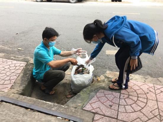 Phường 7 - Cùng với ngày Quốc tế những người tình nguyện, Tuổi trẻ Phường 7 khởi động lại Đội hình phản ứng nhanh
